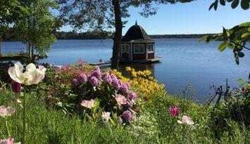 Härlig sommarstuga på en egen ö!