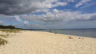 Yngsjö Österlen: 80 m to longest beach in Swe