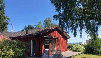 Hus vid havet norr om Kalmar, Revsudden