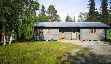 Hemtrevlig stuga med bra läge i Funäsdalen