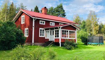 Renoverat och naturskönt i Järvsö, inkl städning