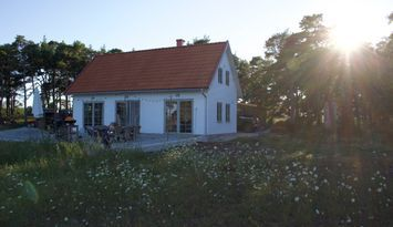 Nybyggt stenhus på Fårö