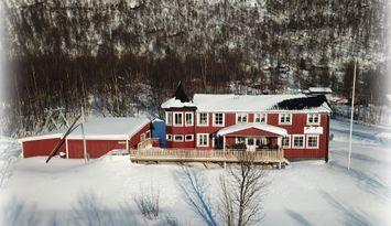 Stor gård i Hemavan/Tärnabyfjällen