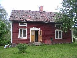 Charmig 1800-tals gård i hjärtat av Sverige