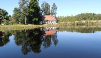 Sjö Villa vackert och lugnt beläget Uppland -SE