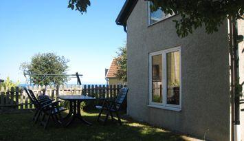 Gårdshus med havsutsikt i Visby