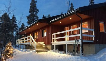 Skiing cottage with ski-in / ski-out
