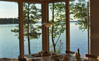 Summer house 7m to the sea in Stockholm Archipelgo