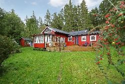 Charming traditional holiday house with sauna.