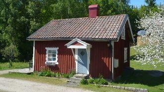 Stuga på mindre hästgård ca 3 mil från Göteborg