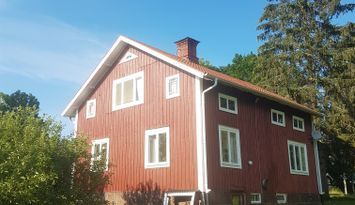 Charmigt rymligt hus 100 kvm 55 minut till Furuvik