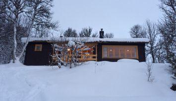 Trivsam stuga i natursköna Fjällnäs!