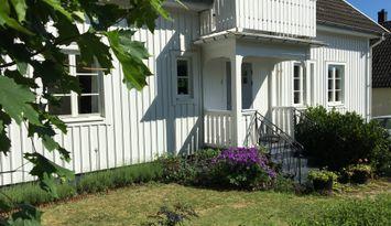 Villa centralt i Värnamo