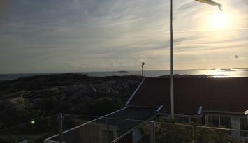 Wohne Nachbar mit Klippen, und dem Meer