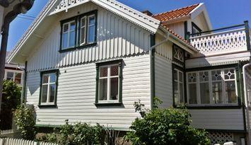 Kaptenshus på unika Klädesholmen