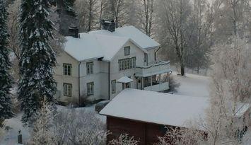 Trivsam gård, vacker belägen nära Branäs