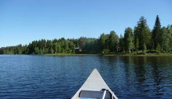 Torp med sjöläge vid kanotleden Svartälven, bastu