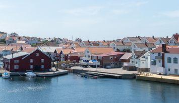Skärgårdshus precis vid havet