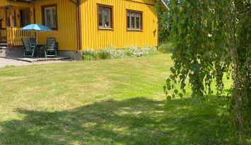 Stuga i Sörmland nära sjö