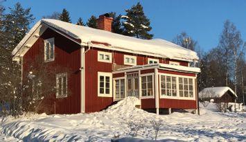 Nyrenoverat och naturskönt i Järvsö, inkl städning