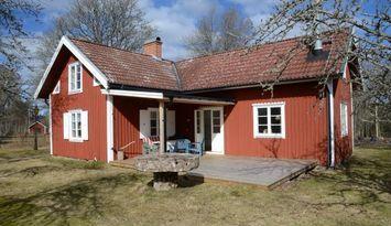 Stuga i småländsk idyll