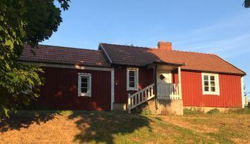Stugan på landborgen mitt i Södra Ölands Världsarv