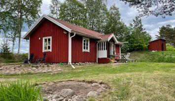 5 km from Järvsö Ski Resort. Newly renovated.