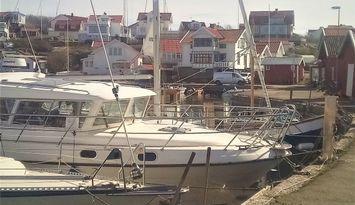Trevlig lägenhet mitt i hamnen på Bohus-Björkö