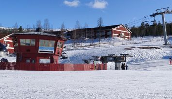 Stöten Mitt de Luxe - ski in/out - inkl städ.