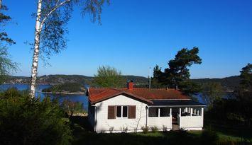 Fritidshus med havsutsikt på norra Orust