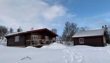 Ljungdalen -Mysig timrad stuga med fjällutsikt