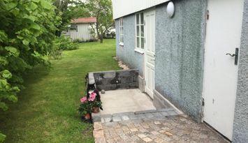 Ny, fullt utrustad lägenhet i äldre skärgårdshus
