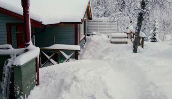 Mysig fjällstuga intill slalombacken