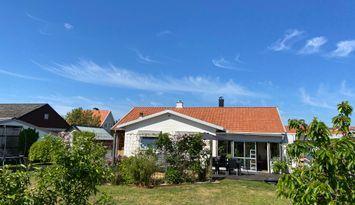 Stor fräsch familje villa