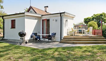 Österlen, idylliskt gästhus till Villa Veranda.