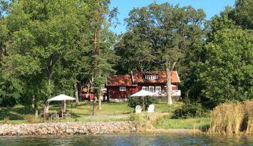 Charmigt hus med sjötomt och vidunderlig utsikt