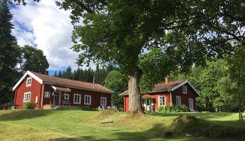Stuga med sjönära läge i Värmland Filipstad Kommun