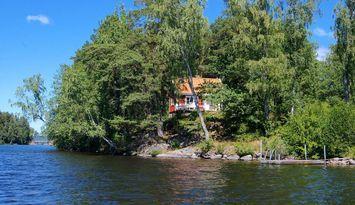 Sjöstuga vid Bunn, Gränna - egen brygga och båt