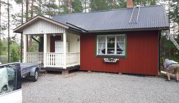 Liten romantisk stuga i Värmland