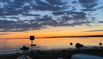 Enkel stuga vid idylliska Nisseviken, Gotland