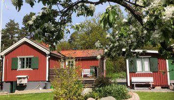 Abborrkroken Vindö, stuga i charmig skärgårdsmiljö
