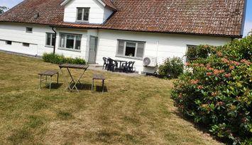 Stuga (hus) i Falkenberg nära hav och strand