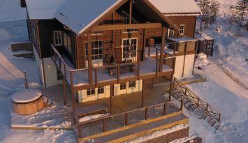 Stor stuga med skiin/skiout Björnrike Vemdalen