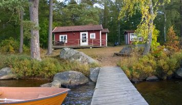 F02/Ekudden - Cottage by the lake