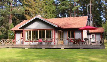 Änglavik - stuga för hela familjen på härliga Oknö