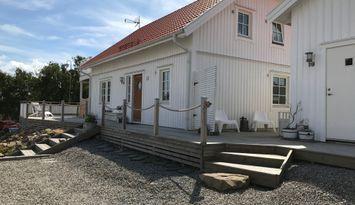 Mysigt Skärgårdshus på vackra ön Bohus-Malmön