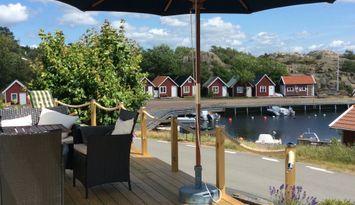 Sjönära lägenhet ved idylliska Hovenäset