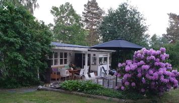 Charming summerhouse 1 minute from Lake Hjalmaren