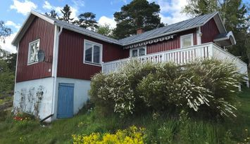 Cottage in peaceful Berghamn, High Coast