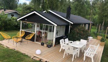 Nyrenoverad stuga vid Lingåsen stugby